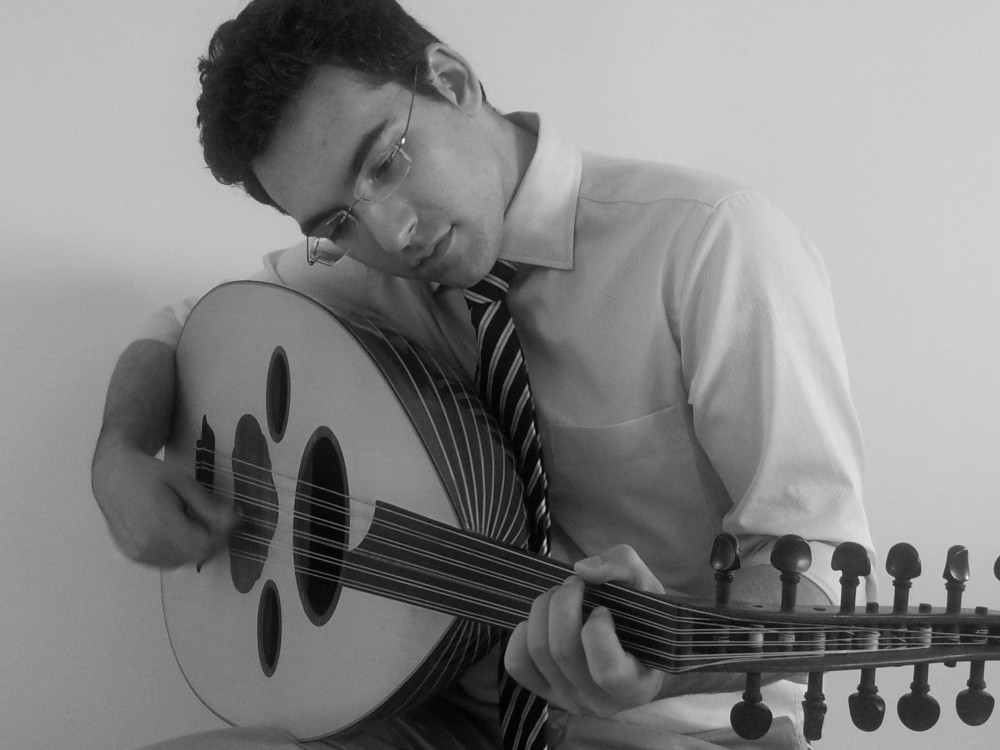 Navid playing his oud